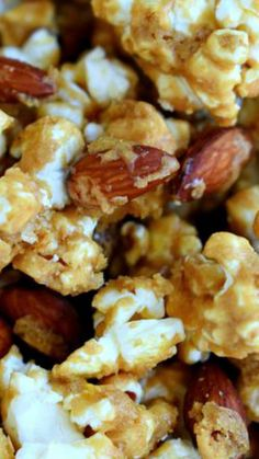 Welcome to your new favorite snack - Salted Caramel Popcorn with Almonds! Perfect for parties, road trips, family movie night and more! Popcorn Snacks, Candy Popcorn, Flavored Popcorn, Gourmet Popcorn, Popcorn Recipes, Popcorn Bowl, Candy Bark, Recipes Appetizers And Snacks, Yummy Snacks