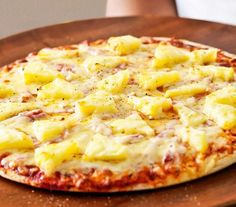 Proteinová pizza – Fit Klara Stuffed Banana Peppers, Stuffed Green Peppers, Barbecue Chicken Pizza, Meat Lovers Pizza, Pizza Special, Pineapple Pizza, Hot Sausage, Roasted Red Peppers, Dried Tomatoes