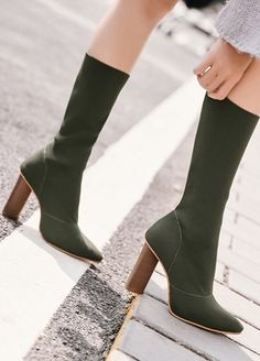 Pointed Toes Thick Heel Woolen Boots _Women Shoes_Sexy Lingeire | Cheap Plus Size Lingerie At Wholesale Price | Feelovely.com