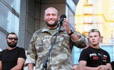 Ярош обещает взять Донбасс к дню рождения Гитлера http://tehnowar.ru/69075-yarosh-obeschaet-vzyat-donbass-k-dnyu-rozhdeniya-gitlera.html