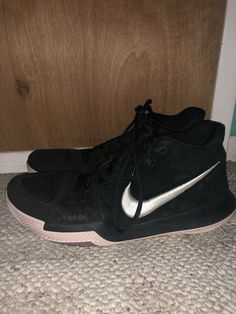 478d76f21285 Nike Kyrie 3 Basketball Shoes Mens Kyrie Irving Black White-Silt Red size  10.5