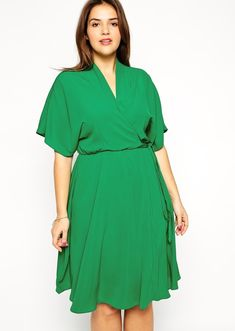Modest plus size dress with sleeves | Mode-sty #nolayering
