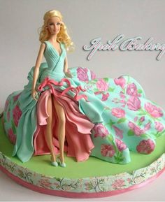 WOW!! This Barbie Cake is gorgeous! http://freesamples.us/