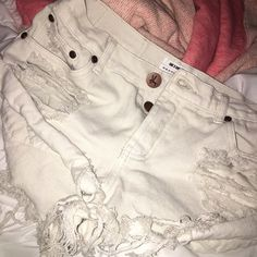 One teaspoon shorts size 26. Le-home/ cream colored shorts, worn once just got them in the mail. One Teaspoon Shorts Jean Shorts