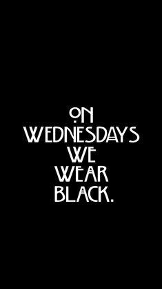 """""""Los miércoles vestimos de negro en memoria de todas las hermanas caídas durante la Caza de Brujas"""" ~ Brianna Dawson"""