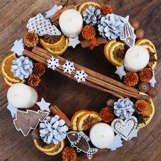advent wreath orange#grey