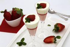 Mousse de fresas con crema de mascarpone y gelatina de fresas