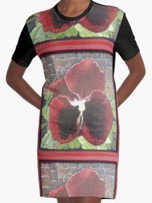 Violet 4 Graphic T-Shirt Dress