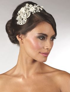 Statement Pearl & Crystal Side Tiara [AR470]