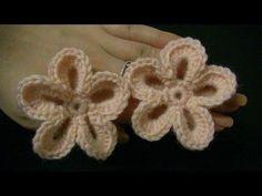 ▶ Blume häkeln - einfach und schnell - 5 Blätter - 3D Blume - YouTube