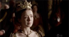 tudor obsessed Mary I Of England, Queen Of England, Sarah Bolger, Wars Of The Roses, Lady In Waiting, Lady Mary, Medieval Costume, Mary Elizabeth
