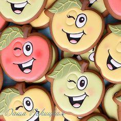 1,193 отметок «Нравится», 30 комментариев — Даша:))cookies/пряники/печенье (@dashuniarokitskaya) в Instagram: «Завтра ВЫЫЫЫПУУУУСКной!!!!4 года в саду пролетели очень быстро.Впечатления только самые лучшие…»