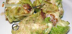 Ingredienti per 6-8 involtini: 6-8 foglie di verza, 300g di farro decorticato…