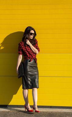 Punk B super glamour en jupe crayon cuir
