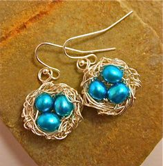 sky blue freshwater pearl eggs in silver-plated nest earrings