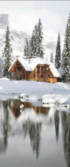 Emerald Lake Lodge at Yoho National Park in British Columbia, Canada • photo: Canadian Rocky Mountain Resorts
