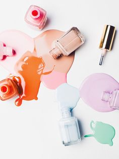 9 Editor-Approved Nail Polishes That Won't Chip for Days Best Gel Nail Polish, Pink Nail Polish, Pink Nails, Nail Polishes, Nail Salon Design, Long Lasting Nail Polish, Nail Logo, Nail Polish Bottles, Nail Studio