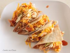 ... no mess won-ton tacos. pregame food. you can put it on the board... yes!