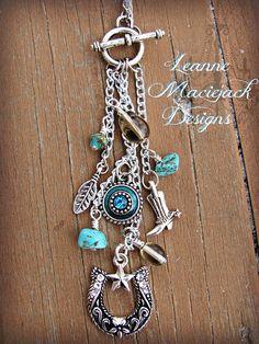 Boot Jewelry, Horse Jewelry, Cowgirl Jewelry, Cute Jewelry, Jewelry Crafts, Jewelry Accessories, Handmade Jewelry, Jewelry Design, Bohemian Jewelry