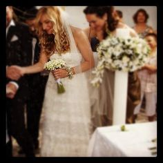 Dimitra getting married! http://melinapispa.gr/