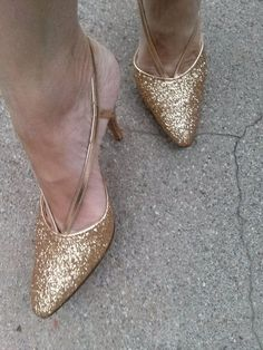 111f66919929 Vintage 1980s Shoes Gold Glitter Stilettos 80s High Heels US7