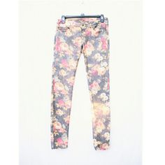 Floral Skinny Jeans Very adorable pair, has has a faded look to it, which is the style. Size 3 juniors. Vanilla Star Jeans Skinny