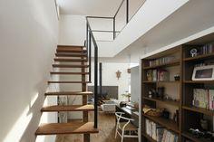 「階段横 本棚」の画像検索結果