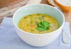 Spiced carrot, lentil and spinach soup Blender Recipes, Soup Recipes, Diet Recipes, Cooking Recipes, Healthy Recipes, Vegetarian Recipes, Diet Tips, Healthy Fruits, Healthy Soup