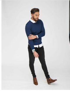 Mario falcone style SEXY as hell Mario Falcone, Mode Outfits, Casual Outfits, Fashion Outfits, Mens Sweater Outfits, Smart Casual Menswear, Men Casual, Smart Casual Men Winter, Preppy Casual