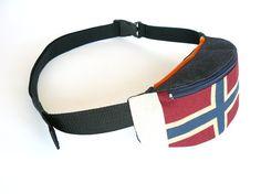 Fanny pack waist bag belt bag hip bag by by BartekDesign on Etsy, €27.50