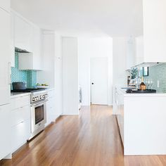 Don't Buy Big Appliances - 21 Things You Should Never Do While Designing A Small Space - Photos