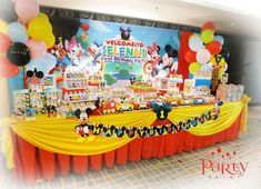 Party Print's Birthday / Mickey Mouse Clubhouse - Photo Gallery at Catch My Party Fiesta Mickey Mouse, Mickey Mouse Clubhouse Birthday Party, Mickey Mouse 1st Birthday, Mickey Mouse Parties, Mickey Party, Pirate Party, Disney Parties, 2 Birthday, First Birthday Parties
