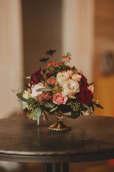 Austin Thursday Therapy wedding industry networking; crimson/red + blush, gold centerpiece by @stellaje. Photo by Mercedes Morgan Photography Altar Ego Weddings - Dallas-Fort Worth, Hill Country, Austin wedding planner