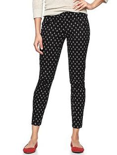 Super skinny anchor print pants   Gap. Got these over President's day.Spring needs to hurry to Seattle!