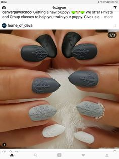 29 Ideas nails ombre black shades - Top Of The World Xmas Nails, Holiday Nails, Halloween Nails, Christmas Nails, Nail Art Noel, Sweater Nails, Super Nails, Gel Manicure, Manicure Ideas