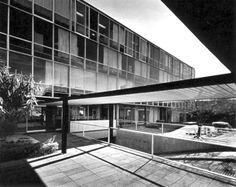 Edificio de Oficinas, Aseguradora la Libertad 1958  Col. Juárez. México D.F.  Arq. Augusto H. Alvarez