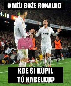 Funny Soccer Memes, Football Memes, Sports Memes, Funny Jokes, Hilarious, Soccer Humor, Funny Minion, Volleyball Funny, Sports Fails