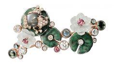 Cartier. brooch...♡