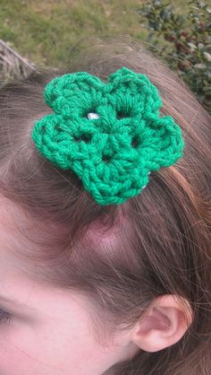 Medium size crochet flower hair clip