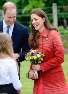 Kate and William seemed to be in high spirits as they greeted fans