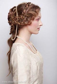 1500's-1700's hair