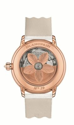 Blancpain unveils its new collection for women. Read all the information about this new collection on Chronollection: http://www.chronollection.com/new-complication-dedicated-women-n247456.htm #watchmaking #luxurywatches #blancpain