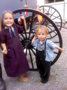 Little Amish children love to have company.``