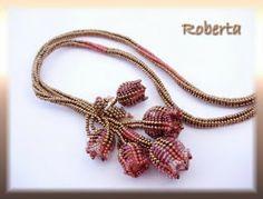 """Roberta """"gyöngy""""ékszerei"""