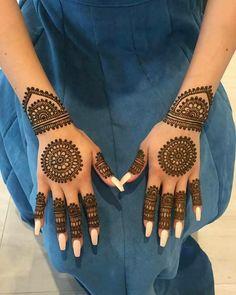 New bridal mehndi designs brides beautiful henna art ideas Henna Hand Designs, Round Mehndi Design, Mehndi Designs Finger, Mehndi Design Pictures, Mehndi Designs Book, Mehndi Designs For Fingers, Henna Tattoo Designs, Mehndi Images, Dulhan Mehndi Designs