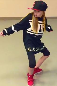 """This Video of a Girl Freestyle Dancing to """"Truffle Butter"""" Will Make You Feel Inadequate: There have been plenty of impressive dance videos that have hit the Internet lately, but when the one and only star is a girl, it takes things to a whole new level. Hip Hop Dance Videos, Dance Music Videos, Dance Choreography Videos, Fitness Workouts, Dance Workouts, Little Girl Dancing, Dancing Girls, Cool Dance Moves, Truffle Butter"""