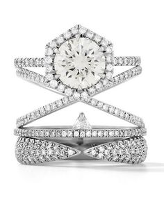 Just can't get enough of Eva Fehren's engagment ring stacks, and wouldn't expect anything less