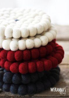 WERANNA'S: Cottonhut felt pot holders - cutest of all - Söpöläiset Cottonhutin huopaiset pannunaluset