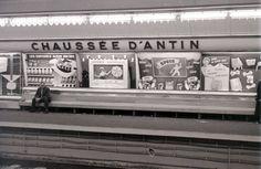 50 Interesting Vintage Photographs That Capture Street Scenes of Paris in the Fine Art Photo, Photo Art, Albin Michel, Paris Metro, Old Paris, Metro Station, Vintage Photographs, Activities, Explore