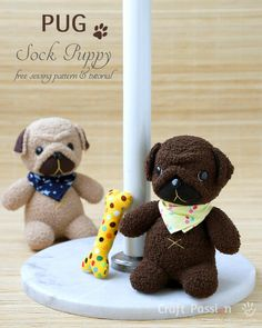 Sewing Toys Free sewing pattern: Sock pug softie - See how to sew a pair of socks into the cutest little pug softie! Joanne from Craft Passion shares a free sewing pattern. I pair of chenille socks will make a soft huggable sock pug. Sewing Stuffed Animals, Stuffed Animal Patterns, Sock Stuffed Animals, Stuffed Animal Diy, Sewing Patterns Free, Free Sewing, Free Pattern, Sock Crafts, Crafts With Socks